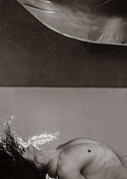David MeskhiBody moon, 2020Pigmentprint auf Hahnemühle Barytpapier60 x 42,8 cmEd. 3 + 2AP