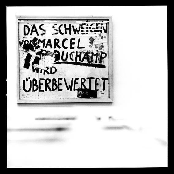 Raum 4: Joseph Beuys und Lothar Wolleh