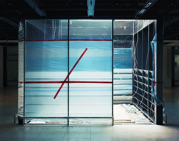 Matthias HochBER #22, 2017c-print, 100 x 123 cm© Matthias Hoch/VG Bild-Kunst Bonn 2021Courtesy Galerie Nordenhake Berlin/Stockholm/Mexico City