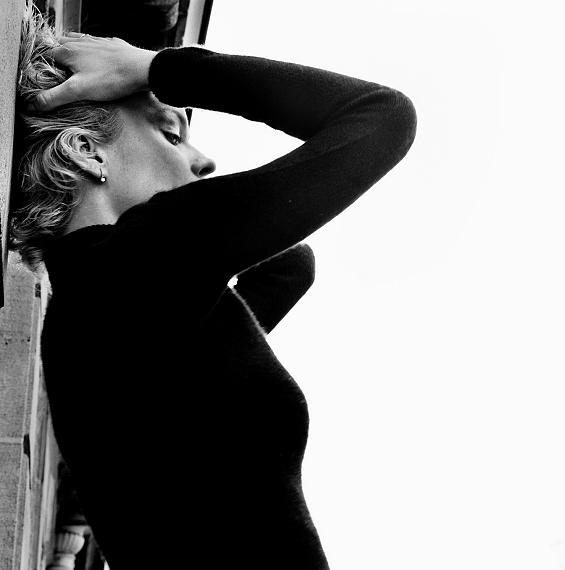 Eva Herzigova, Paris, 2003 © Anton Corbijn