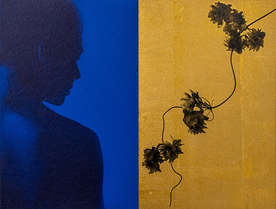 © Paul Cupido, Umami, 2021Handmade carbon print with ultramarine pigment on Kozo paper (left) and carbon print on gold sheets (right)24 x 32 cm, Edition 5 & 3 APCourtesy of Bildhalle
