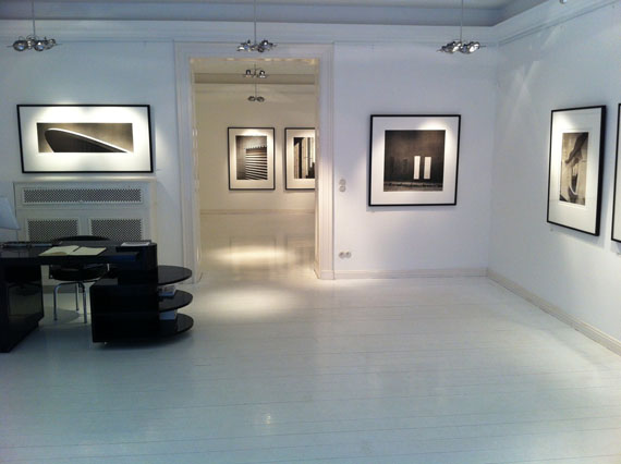 Installation shot: Jens Knigge -Platinum Prints