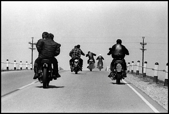 Route 12, Wisconsin, 1963© Danny Lyon, New York & Magnum Photos, New York / Courtesy Edwynn Houk Gallery, New York
