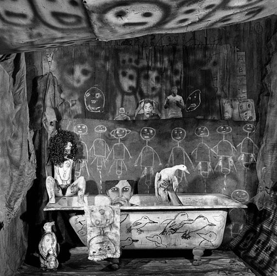 Roger Ballen, Ritual, 2011 ©Roger Ballen