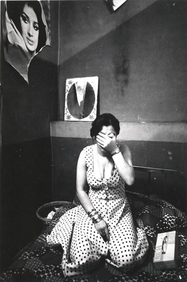 untitled from prostitute series 1975-1977 © kaveh golestan courtesy kaveh golestan estate