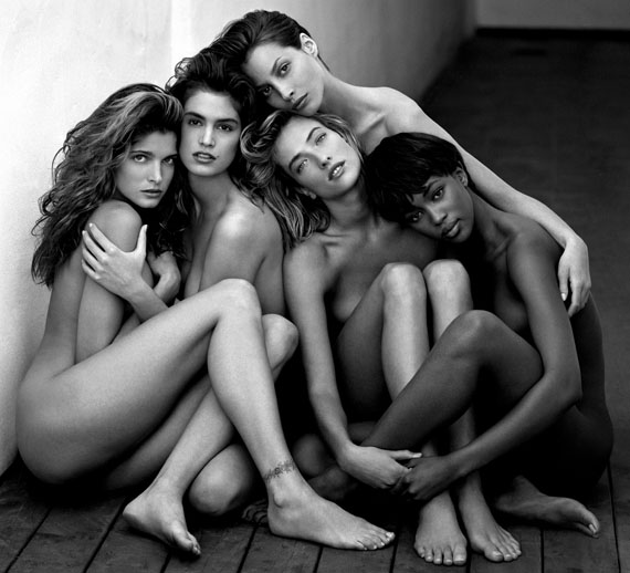 Stephanie, Cindy, Christy, Tatjana, Naomi, Hollywood, 1989© Herb Ritts Foundation/Courtesy of Edwynn Houk Gallery, New York