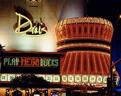 Varanasi - Las Vegas