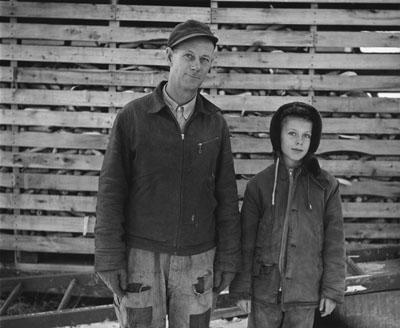 Mr. Anderson and son, near Sandstone, Minnesota, 1957, © Estate of John Szarkowski