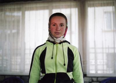 Pepa Hristova, Aishe, Ribnovo/Bulgarien, aus der Serie Fremde im eigenen Land, 2006/2007, c-print *