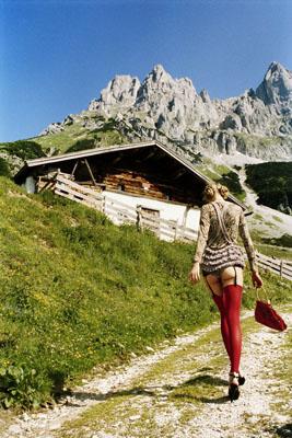 Heidi, Kitzbühel, 2003 © Ellen von Unwerth courtesy Michael Hoppen Gallery