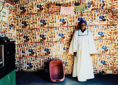 Zwelethu Mthethwa, Untitled, 2000, Image courtesy of Dr Kenneth Montague / The Wedge Collection