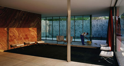Morning Cleaning, Mies van der Rohe Foundation, Barcelona1999Transparency in light box187 x 351 cm© Jeff Wall