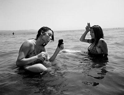 Smoking in the sea, Kusadasi, 2007 © Ahmet Polat