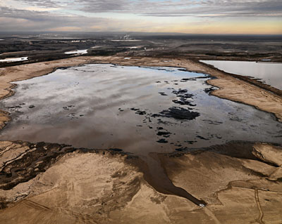 Edward Burtynsky, Alberta Oil Sands #2, Fort McMurray, Alberta, Canada, 2007. Courtesy of Nicholas Metivier Gallery, Toronto