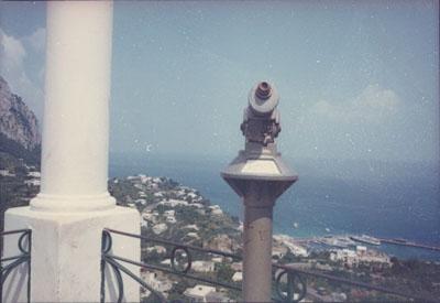 Series Paesaggio italiano, Capri, 1981, Project Print, 5.7 x 8.5 cm © Fondo di Luigi Ghirri, Courtesy of Mummery+Schnelle