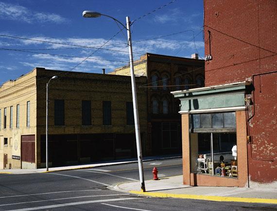 Wim Wenders: Street Corner Butte, Montana, 2003 c-print 186 x 224 cm.© Wim Wenders. Courtesy Wenders Images