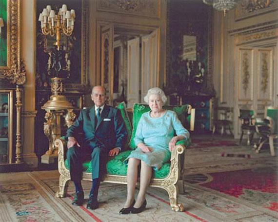 Thomas Struth: Queen Elisabeth II & The Duke of Edinburgh,Windsor Castle (2011) © 2011 Thomas Struth