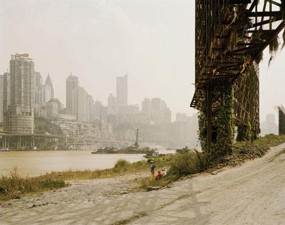 © Nadav Kander, Chongqing II, Chongqing Municipality, 2006